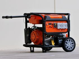 Generator Petrol 6.5 kVA 240 volt