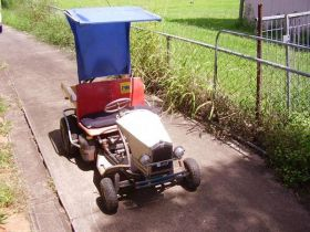 Dual Seat Ride On Mower Shape Like a Buick