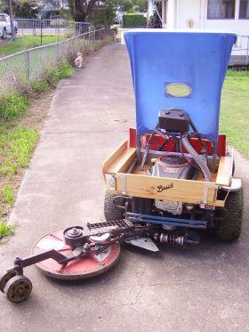 Dual Seat Ride On Mower Shape Like a Buick